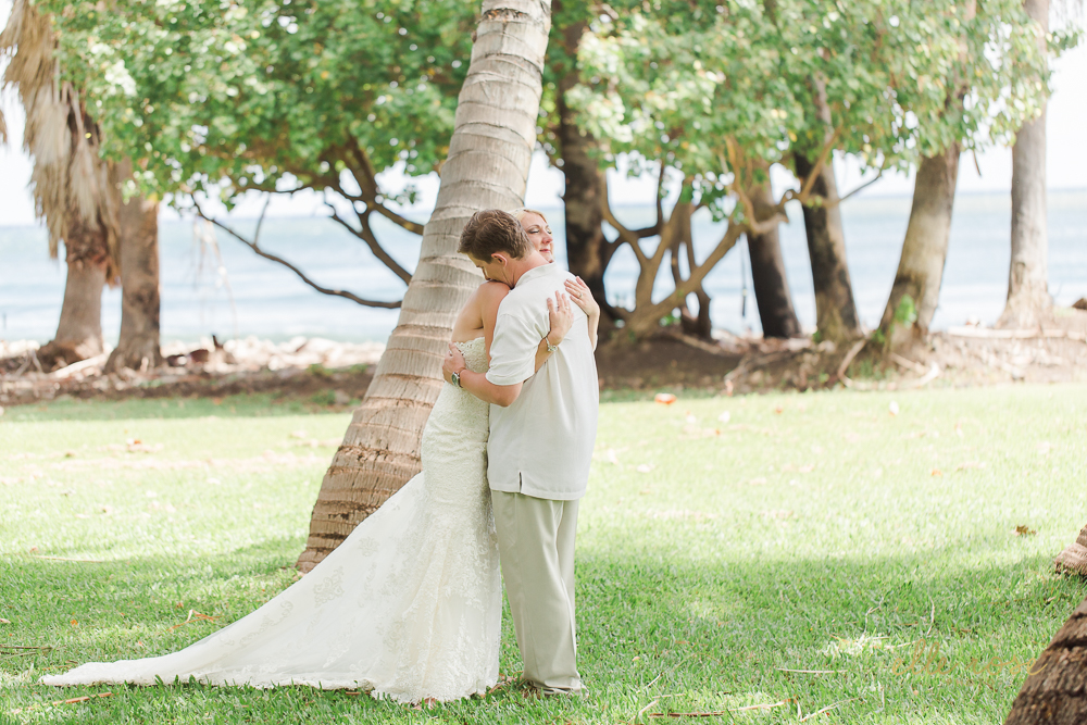 olowaluplantationwedding_hawaiiw_ellerosephoto_-40