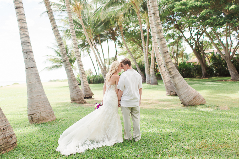 olowaluplantationwedding_hawaiiw_ellerosephoto_-46